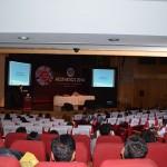 New-Delhi, présentation devant un public nombreux